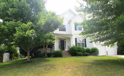 Click here to see additional photos of 1008 Anduin Falls Dr