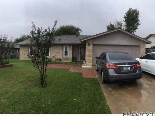 Click here to see additional photos of 1703 Shoemaker Dr