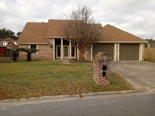 Click here to see additional photos of 2572 Audubon Place